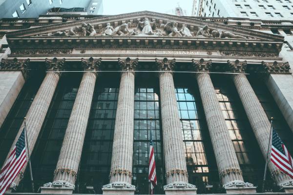 Finanzmining für Broker und Emittenten