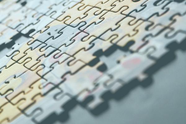 Kategorisierung und Vertragserkennung mit Finanzmining